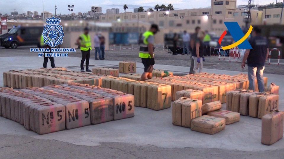 Европол: Албанија е извор на дрога и закана за европската економија