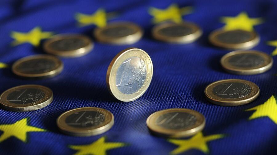 ЕУ се задолжува 800 милијарди евра заради економско заздравување по пандемијата