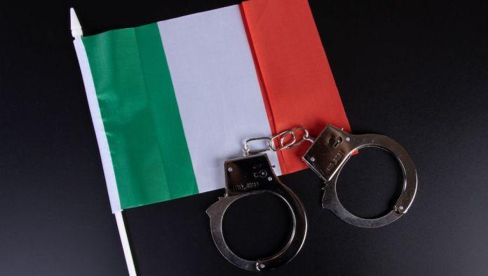 Голема акција врз италијанска мафија: Уапсени околу 100 лица
