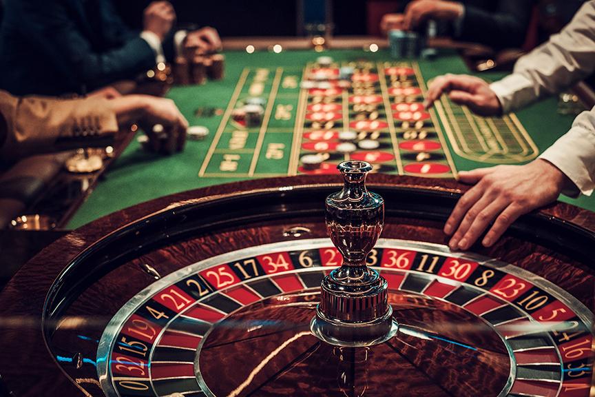 Со предлог измените на Законот за игрите на среќа, илјадници вработени ќе останат на улица и ќе се зголеми сивата економија, предупредува АСОМ