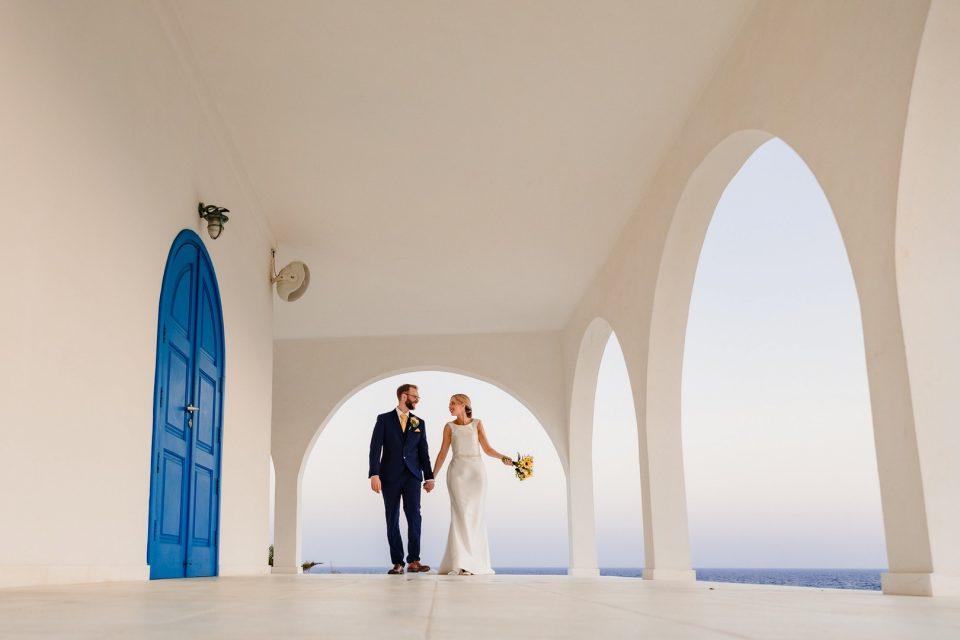 Кипар ќе ја укине забраната за одржување свадби и крштевки