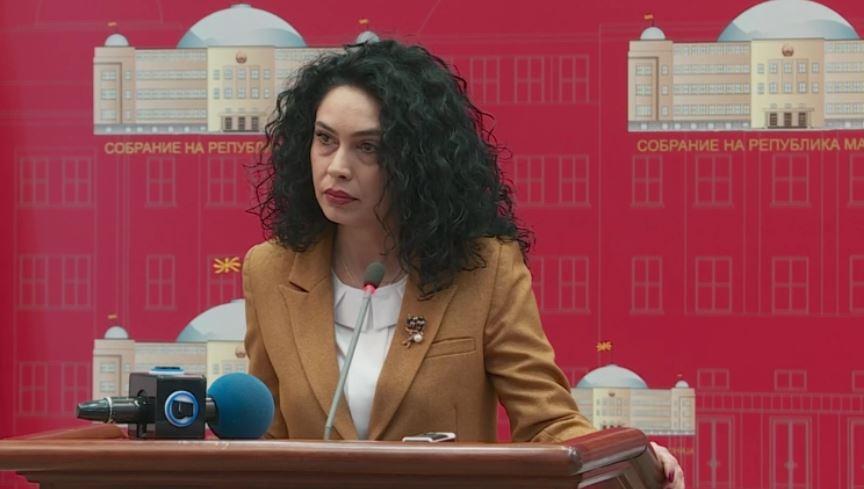 (ВИДЕО) Лашкоска: Договори од 11 милиони евра склучени во 4 очи со изигрување на Законот за јавни набавки