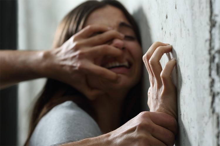 Законски се засилува заштитата на малолетниците од сексуално насилство во Франција
