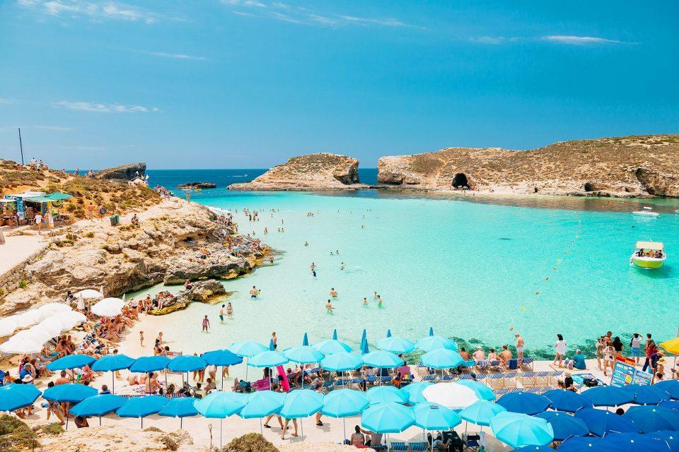 На сите туристи, Малта ќе им даде џепарлак и по 200 евра