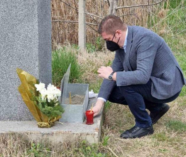 Мицкоски на годишнината од петкратното убиство кај Смилковското езеро: Девет години на лажна надеж од Заев