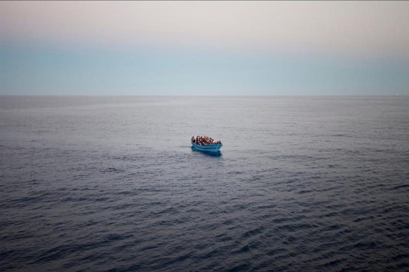 Најмалку 21 мигрант се удавија во близина на брегот на Тунис