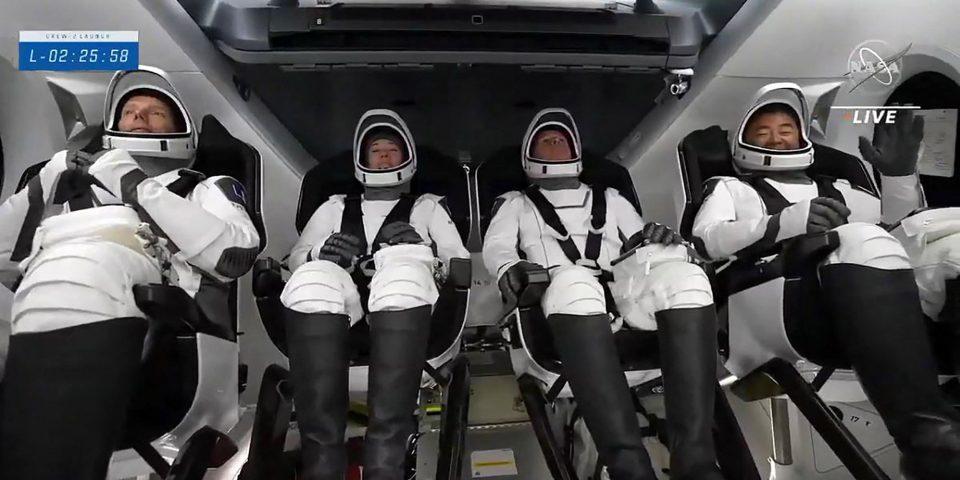 (ВИДЕО) Ракетата SpaceX лансираше 4 астронаути во мисијата на НАСА во вселенската станица