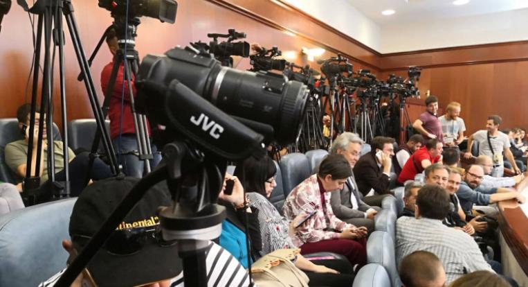 Почнува вакцинацијата на над 600 новинари и медиумски работници