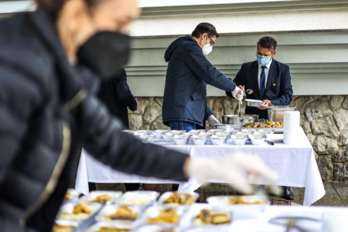 """""""Ретвитни оброк"""" третпат во Кабинетот на претседателот Пендаровски"""