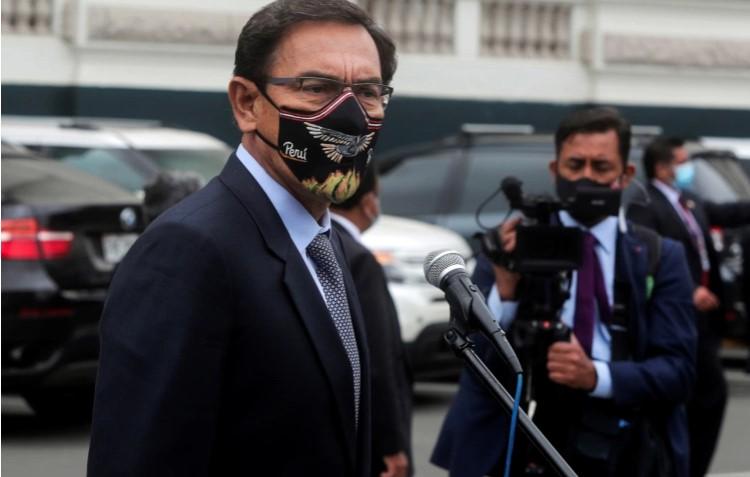 Претседателот на Перу кој се вакцинираше преку ред заболе од коронавирус