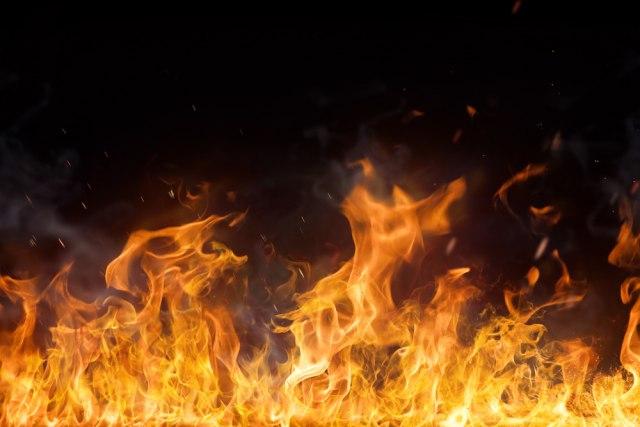 (ВИДЕО) Пожар во угостителски објект кај старата скопска Чаршија