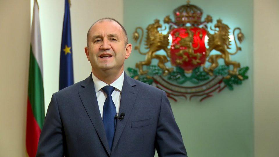 Радев ги почна политичките консултации за составување на новата бугарска Влада