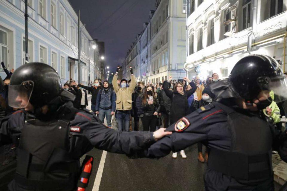 Уапсени 1.700 поддржувачи на рускиот опозиционер Навални