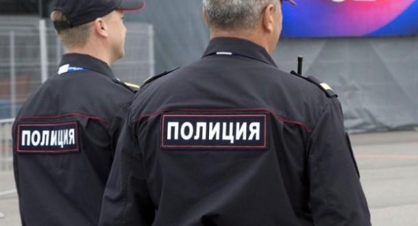 Руската полиција изврши рација во домот на познат истражувачки новинар