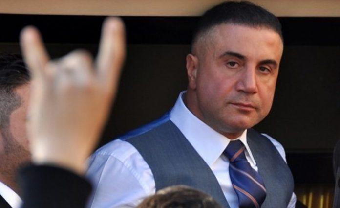 ВМРО-ДПМНЕ бара од Заев да одговори: Кој имал тајни средби со Седат Пекер во Владата?
