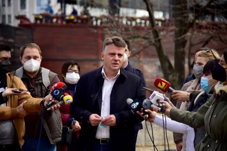 Шилегов: Автобусите се исполнети до 75 проценти, каде има потреба го засилуваме превозот
