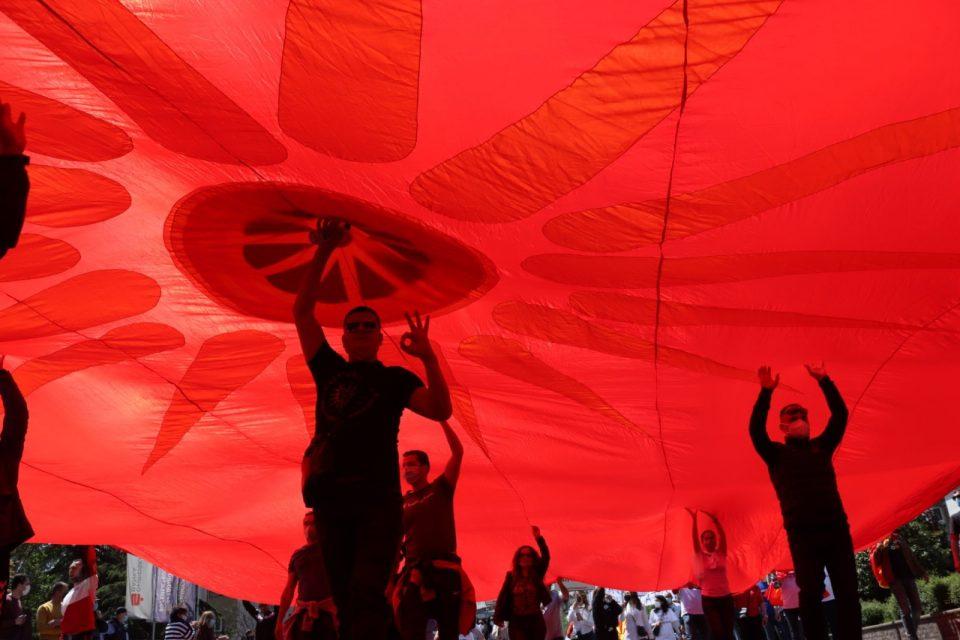 """""""Слобода за македонските патриоти"""" скандираат граѓаните и бараат оставка од Владата"""