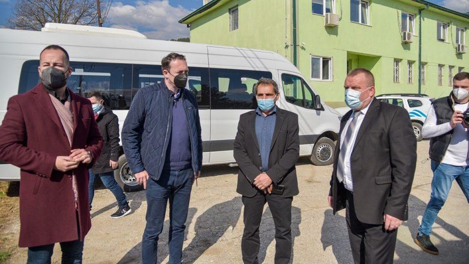 Центарот за развој на Пелагонискиот Регион набави возило за зимско одржување за територијата на Демир Хисар