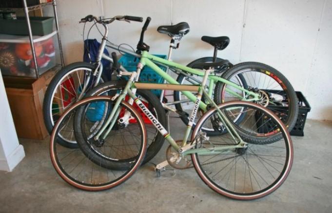 Приведен крадец од скопско: Во неговиот дом пронајдени повеќе велосипеди