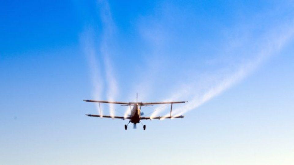 Утре ќе кружат авиони: Во Скопје ќе се прска против комарци