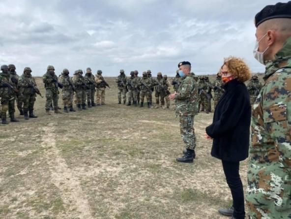 "Шекеринска и Брнз во посета на армискиот полигон ""Криволак"""