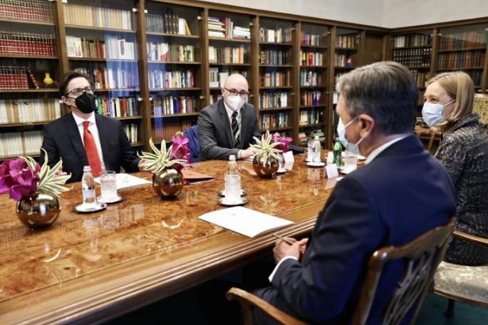 Пендаровски се сретна со претседателите на Словенија и на Хрватска