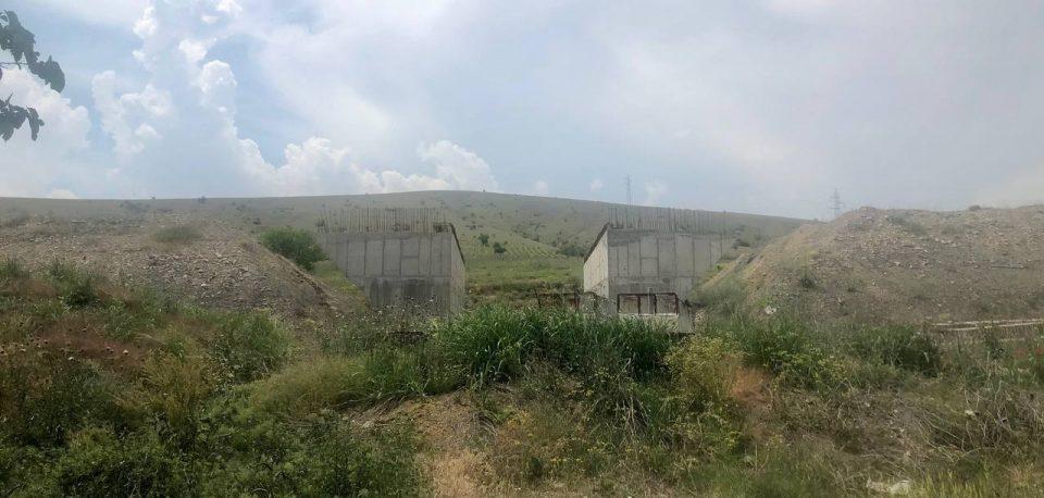 Милошоски: На автопатот Кичево – Охрид има 700 дупки, но не и 700 работници, министерот лаже!