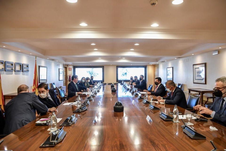 Заев: Широко ги отвораме вратите за шпанските бизнисмени