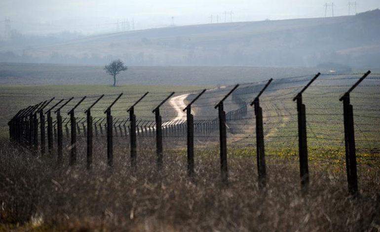 Нелегално ја поминал границата, по што полицијата го привела