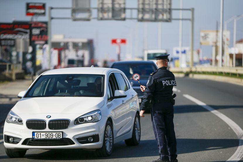 Во Косово од денеска без полициски час