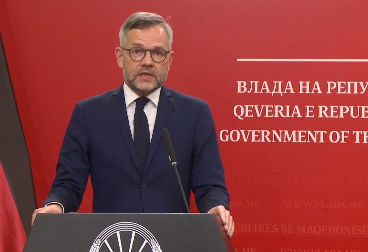 Рот: Имаме голема шанса уште во јуни да дојдеме до решение за Скопје и за Софија