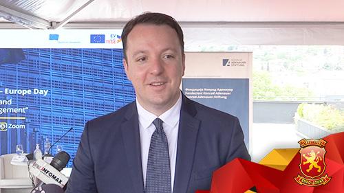 (ВИДЕО) Николоски: Македонското општество треба силно да работи кон економски развој и битка со организираниот криминал и корупција