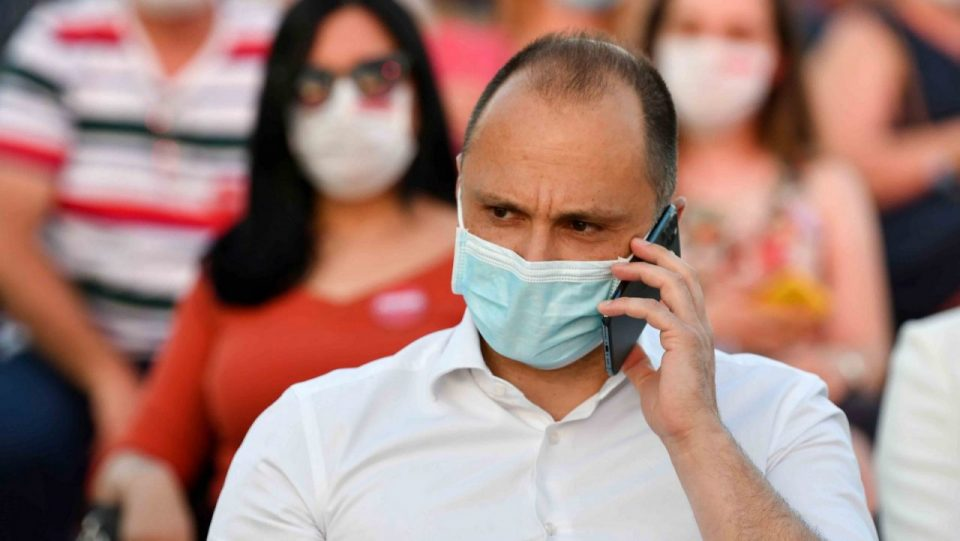 Филипче: Комисијата предложи попуштање на мерките поради спласнување на епидемијата