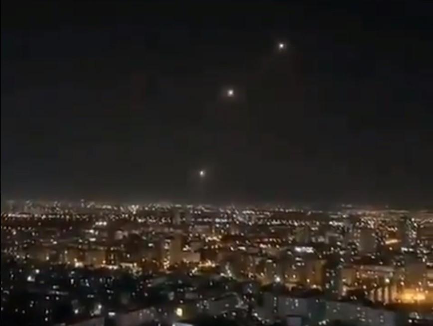 (ВИДЕО) ВОЈНА ВО ИЗРАЕЛ: Терористите од Хамас го нападнаа Тел Авив