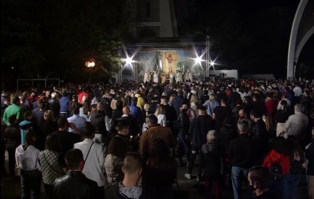 ХРИСТОС ВОСКРЕСНА – НАВИСТИНА ВОСКРЕСНА: Среќен Велигден на сите православни христијани!