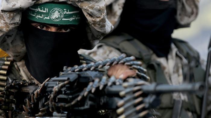 Кој е Хамас, од кого има поддршка и како се вооружува!