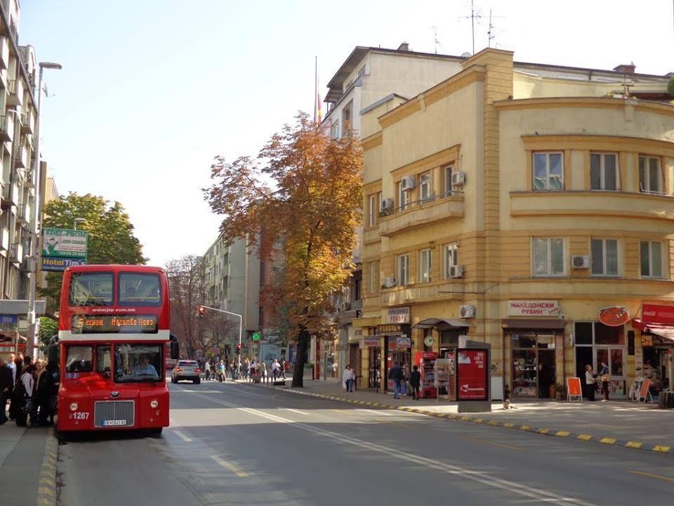 ВМРО-ДПМНЕ: Шилегов наместо да отвори тунел и подземна сообраќајница ветува пешачка зона