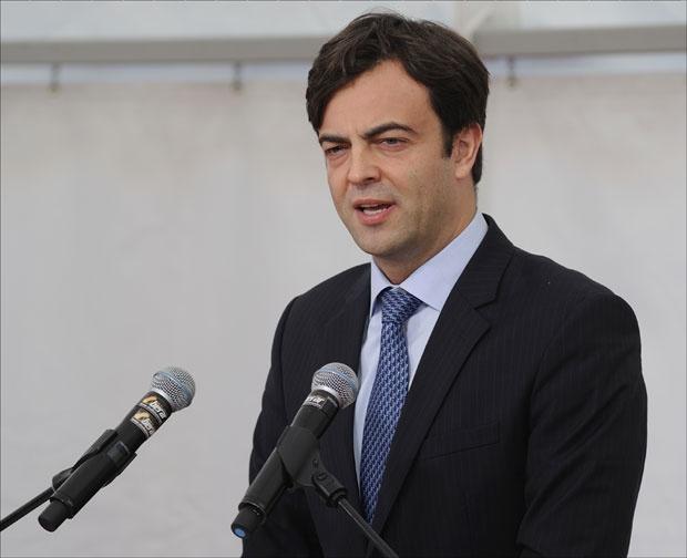 Контроверзниот советник на Заев, Александар Обрадовиќ нов директор на ЕЛЕМ трејд