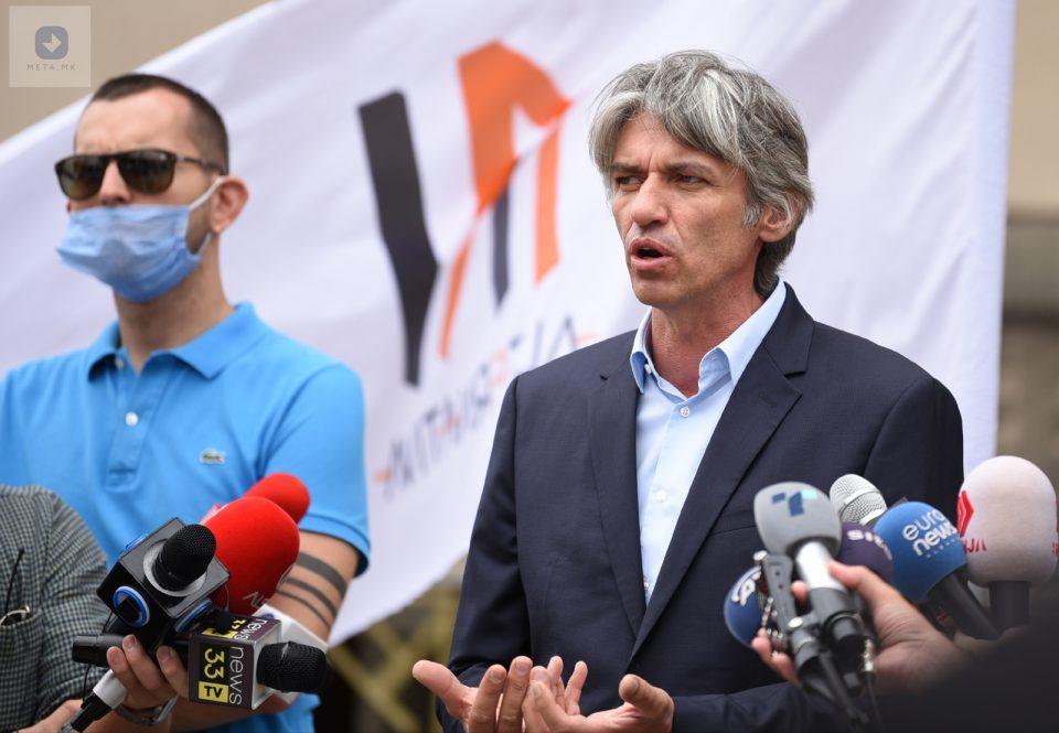 Алијанса и Алтернатива бараат одговорност за бројот на починатите од коронавирусот