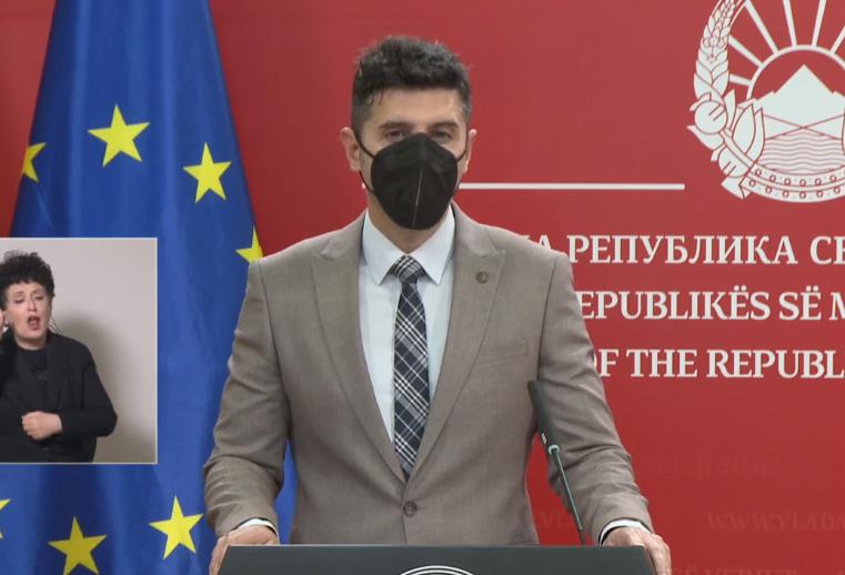 Секое српско возило ќе има 760 денари на смарт-картичките, изработката ќе чини 100 денари, вели Арсовски