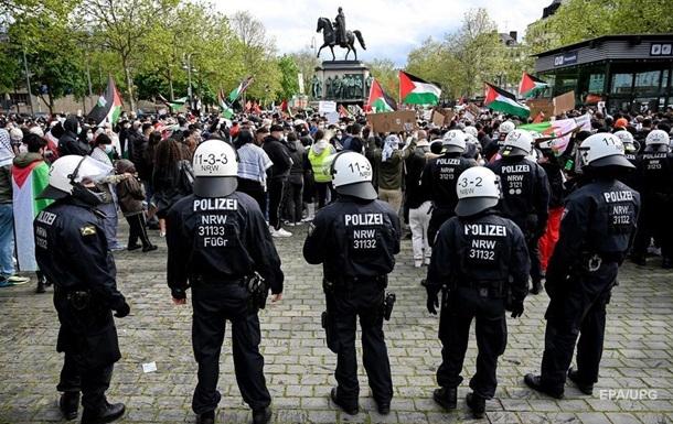 Повредени 93 полицајци на пропалестинските протести во Берлин