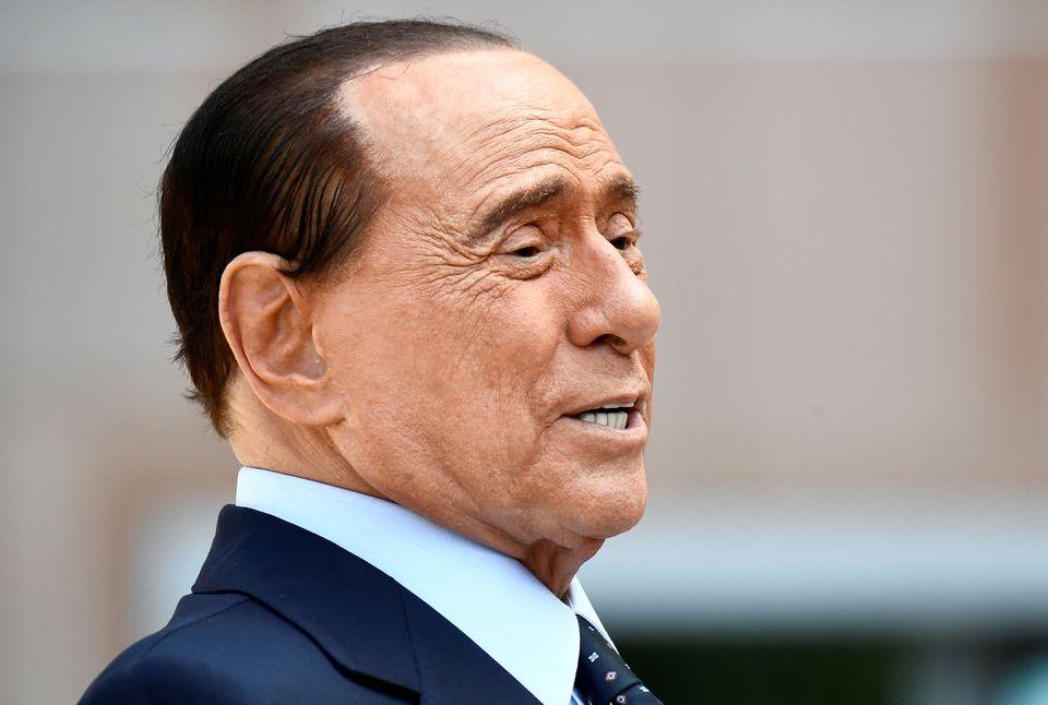 Одбиено барањето на Берлускони за прекин на судењето