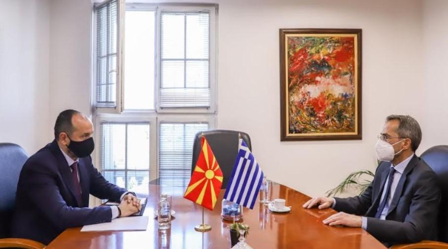 Битиќи на средба со амбасадорот на Грција Кундурос – Економската соработка помеѓу Македонија и Грција