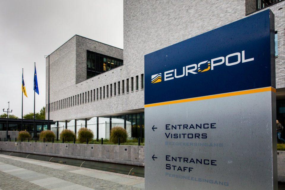 Го оштетиле Буџетот за 26 милиони евра: Разбиена криминална група во Шпанија, уапсени 22 лица