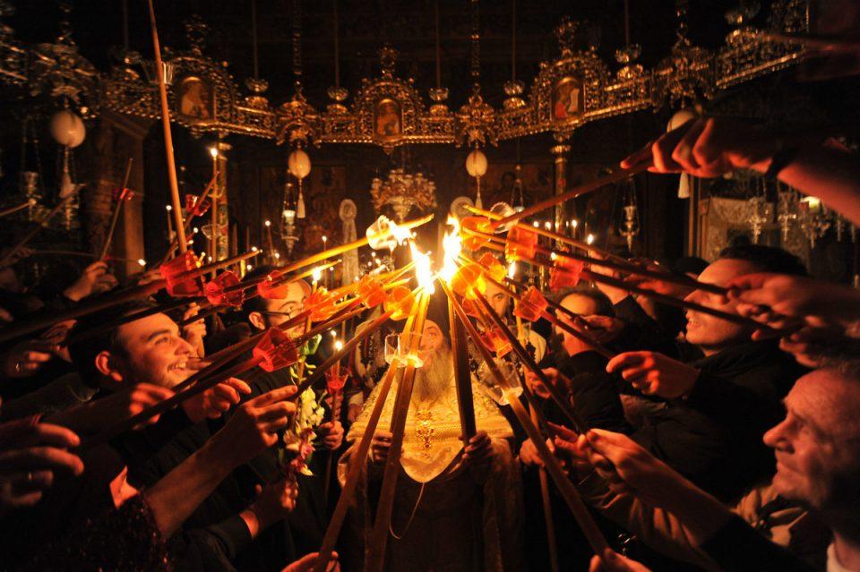 (ВИДЕО) Благодатниот оган пристигна во Бигорскиот манастир