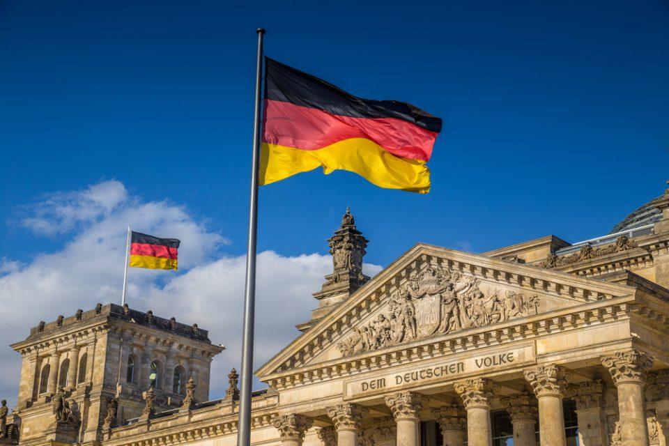Полицискиот час во Германија не важи за лицата со прележан ковид