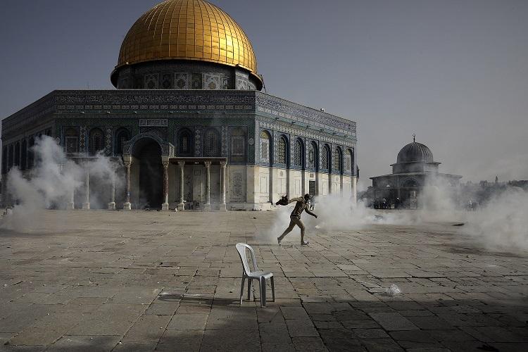 (ВИДЕО) Судирите меѓу Израел и Палестина ескалираат кон целосна војна