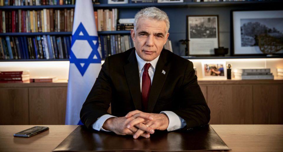 Израелскиот претседател го довери мандатот за состав на нова влада на лидерот на опозицијата