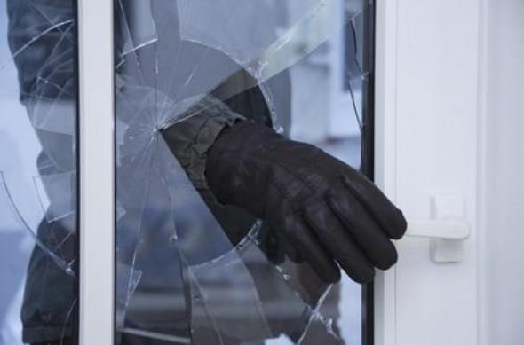 Австралиец убил крадец кој упаднал во неговиот дом и 15 години го чувал неговото тело дома
