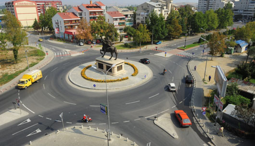 Жителите на Ѓорче Петров излегуваат на протест
